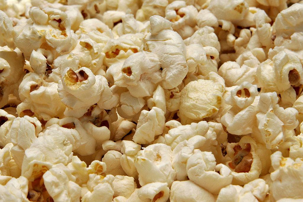 1024px-Popcorn02